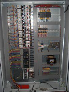Tủ điều khiển PLC